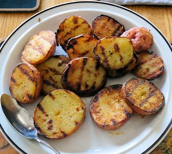 Quick Grilled Steak Potatoes2