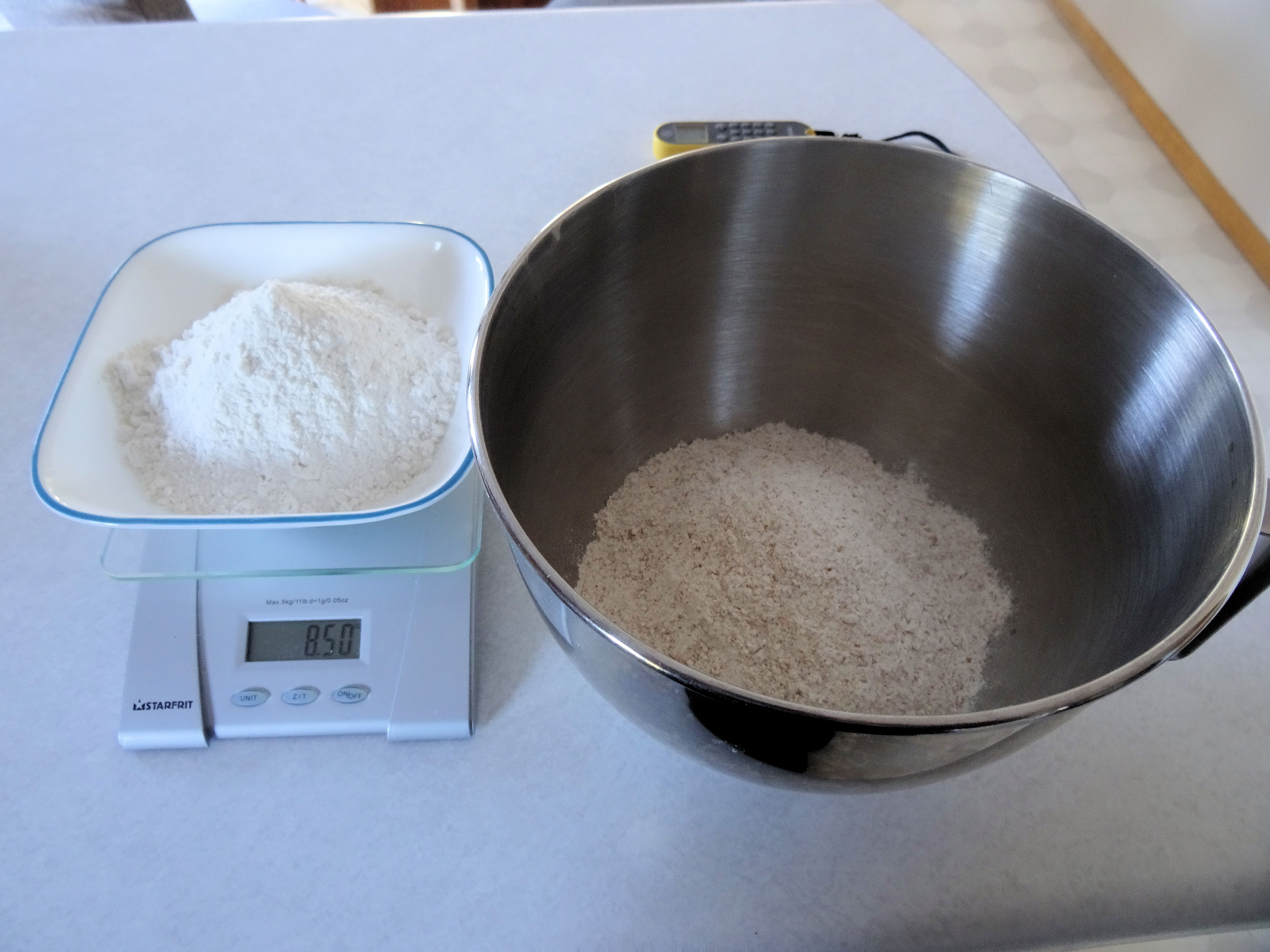 Whole Wheat Brat Buns 01