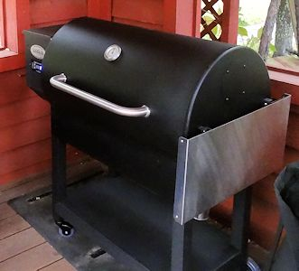 Louisiana Grills LG900 at oldfatguy.ca