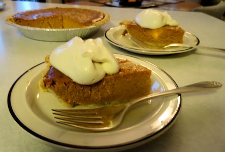 Pumpkin Pie at oldfatguy.ca