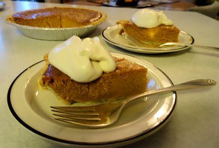 Pumpkin Pie at oldfatguy.ca