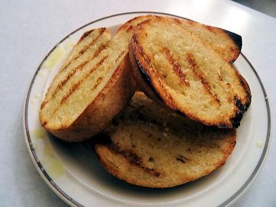 Grilled Garlic Toast at oldfatguy.ca