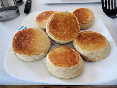 Sourdough English Muffins 2016 4