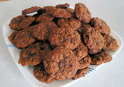 Molasses Oatmeal Cookies 6