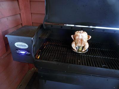 Louisiana Grills LG900 Pellet Smoker
