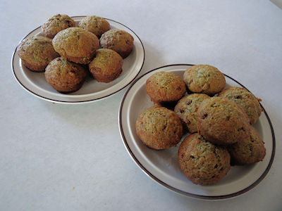 whole-wheat-zucchini-muffins-05