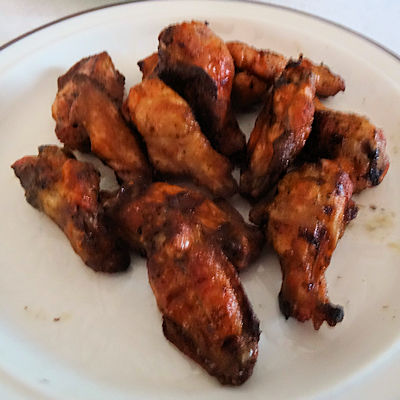 Lloyd's Piri Piri Wings at oldfatguy.ca